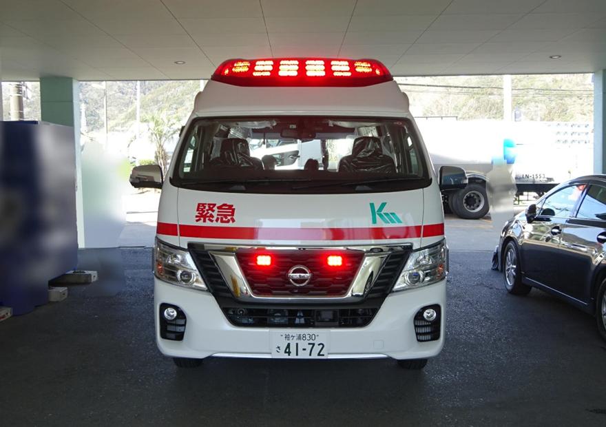 標準型救急車のドクターカー改造 NICU仕様